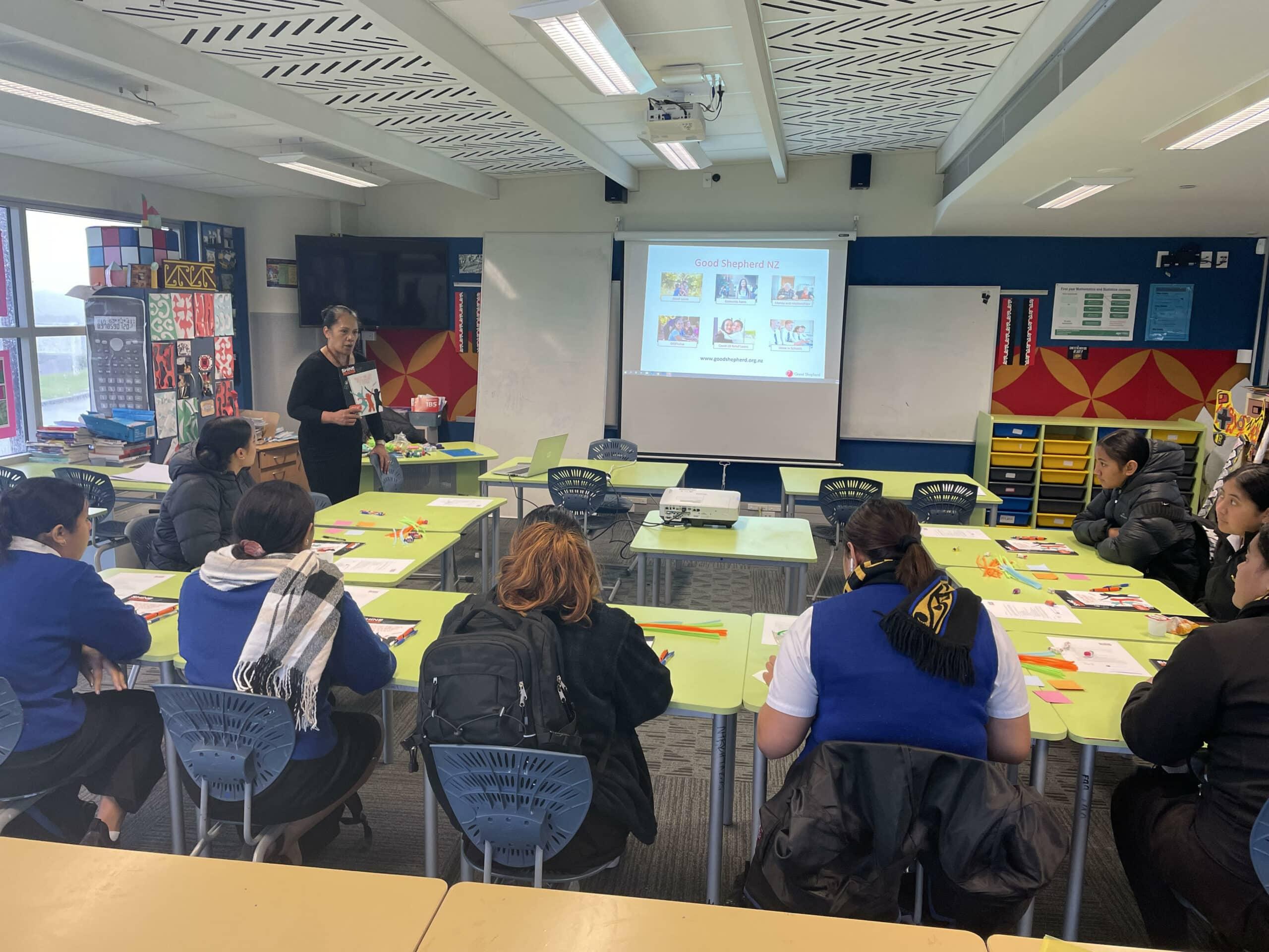 Kiti Tauira teaching Porirua college students