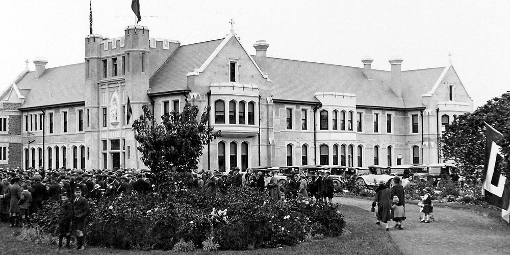 picture of Mt Magdala Convent 1920s Christchurch